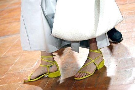 Už teď víme, jaké boty se budou nosit na jaře! Tohle je 10 hlavních trendů