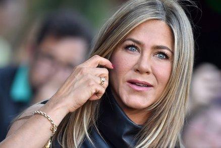 Vlasy za statisíce! Které celebrity nejvíce utrácejí za kadeřníka?