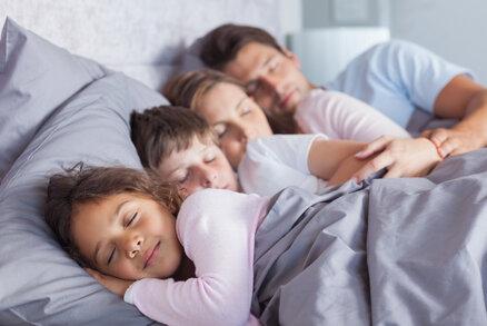 7 nejdivočejších představ všech unavených rodičů: Budete se divit!