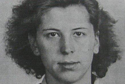 Karla Charvátová: Obvinili ji z velezrady, ve vazbě ji znásilnil bachař. Dítě dala k adopci