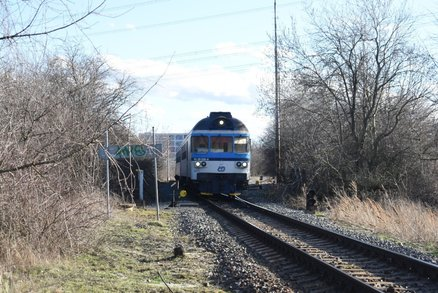 U Radotína srazil vlak člověka: Na místě zemřel!