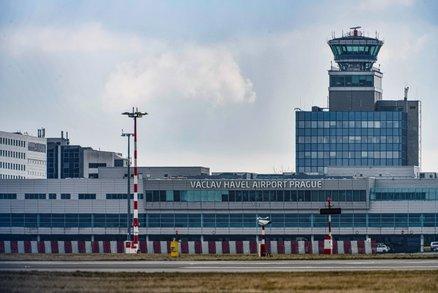Zdražení na Letišti Praha. Kvůli koronaviru a modernizaci si pasažéři příští rok připlatí