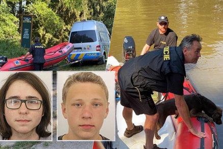 Policisté přerušili pátrání po mladících u Soběšína: V řece našli tělo!