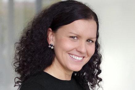 Víc se bojím nákazy u nás než ve světě, říká Andrea Řezníčková, tisková mluvčí cestovní agentury