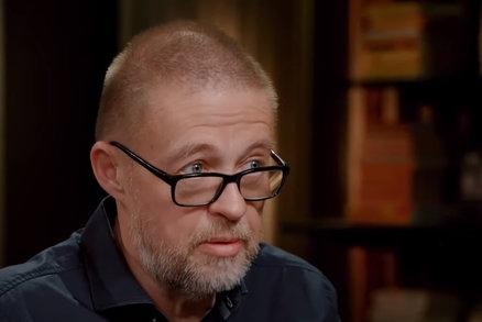 Podezřelá smrt novináře (†57) českého původu: Zemřel záhadně v autě!