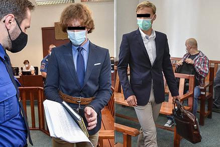 ONLINE: Brutální vražda Přemysla a Marie u soudu! Tomáš popsal, jak zabíjel. Promluví jeho kumpán i svědci