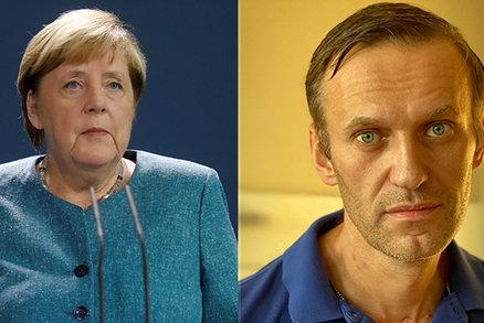 Otráveného Navalného navštívila v nemocnici Merkelová. Nebylo to tajné, říká Putinův kritik