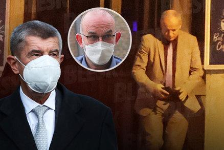 Koronavirus ONLINE: Babiš dal odvolat Prymulu, přijde Blatný? A sprostý vzkaz sestřiček