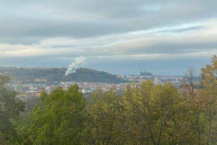 Obrovská tragédie: Hoří dřevěný kostel v zahradě Kinských!