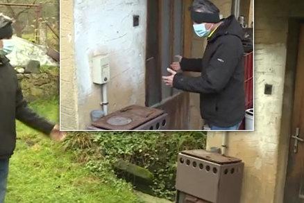 Brousí nože a nůžky? Trojice na Liberecku brutálně zmlátila muže lopatami a zlomila mu nos!