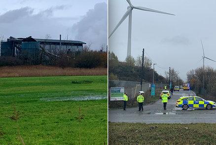 """""""Obrovský výbuch, budovy se třásly."""" 4 mrtví při tragédii v průmyslové zóně u Bristolu"""