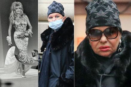 Téměř dokonalé maskování: Ivana Trumpová při výletu do města splynula s davem