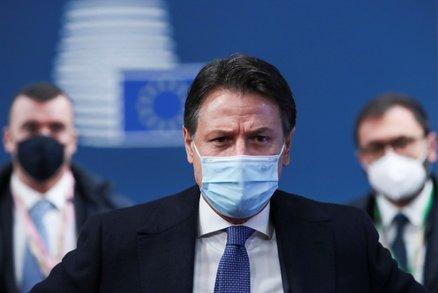 Italský premiér Conte podá demisi. Krize vyvrcholila po odchodu koaličního partnera