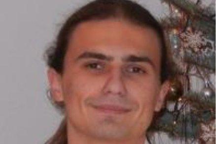 Policisté pročesávají okolí Čejkovic na Hodonínsku: Pátrají po ozbrojeném Jakubovi (20)!