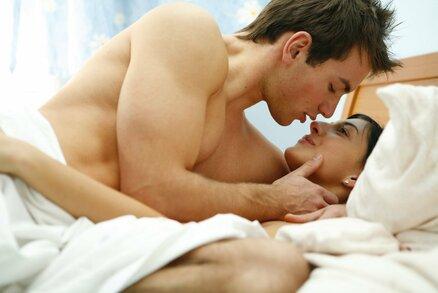 Co o mužích prozradí oblíbená sexuální poloha? Překvapí vás to!