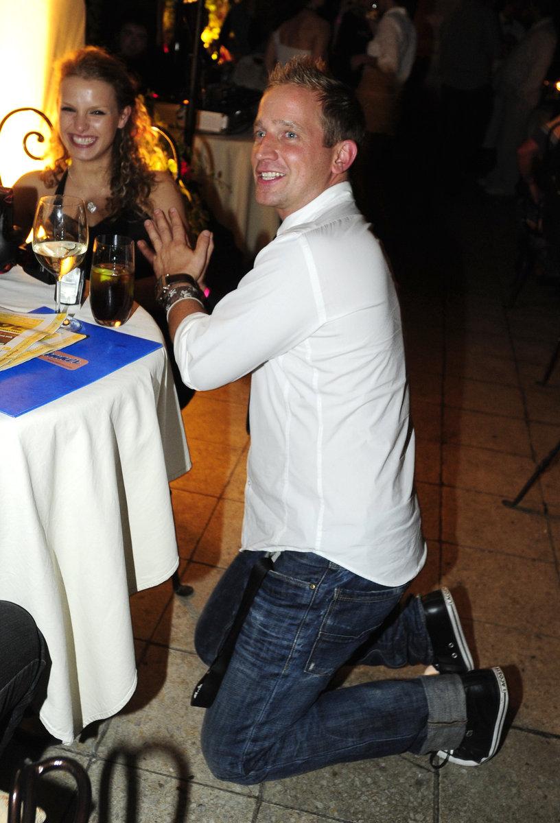 Martin Kocián takto vzdával úctu jedné ze svých skalních fanynek.