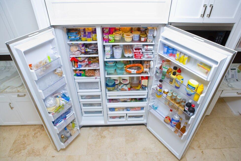 Připojení k ledničce na ledničku