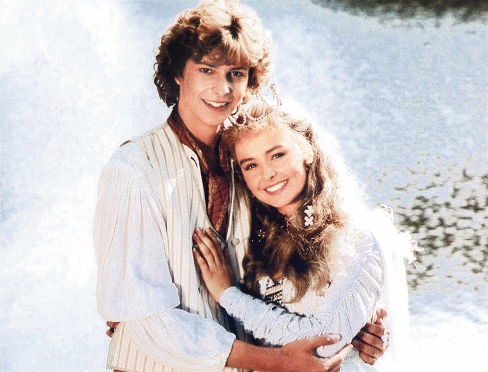 1994: Eliška se svým milovaným Jindřichem v pohádce Princezna ze mlejna