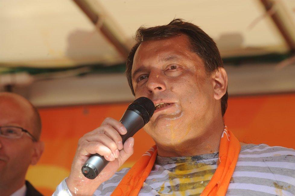 Jiří Paroubek na předvolebním mítinku v roce 2009