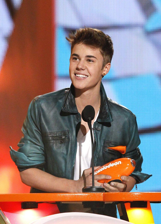 Kdo je Justin z kopců z roku 2013