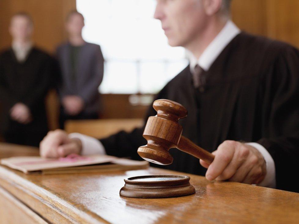 Soud dal klientce za pravdu