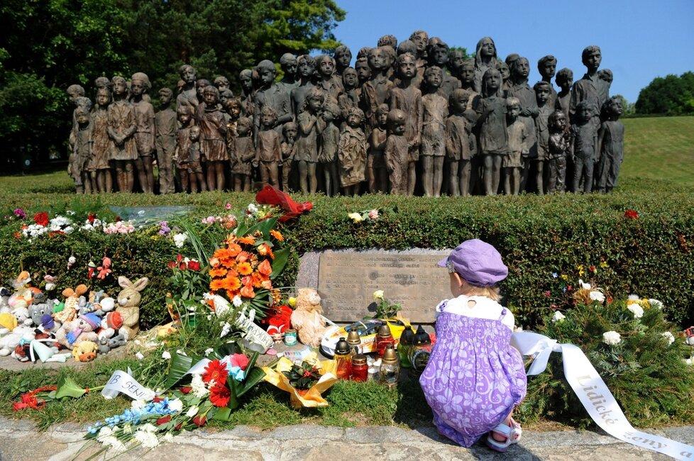 Lidické děti mají památník.