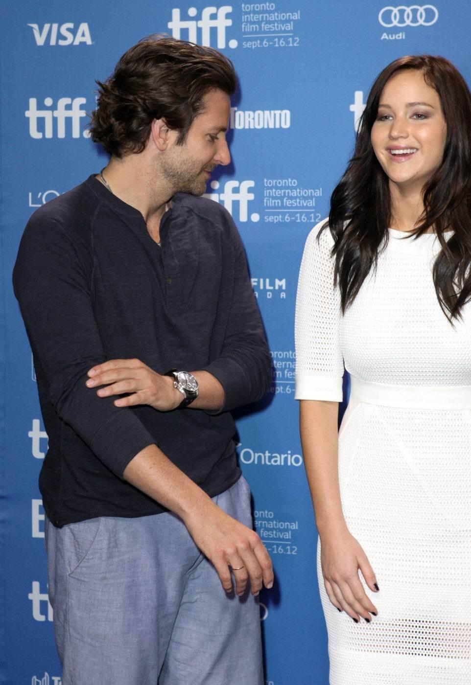 Bradley Cooper a prsa Jennifer Lawrence potřetí.