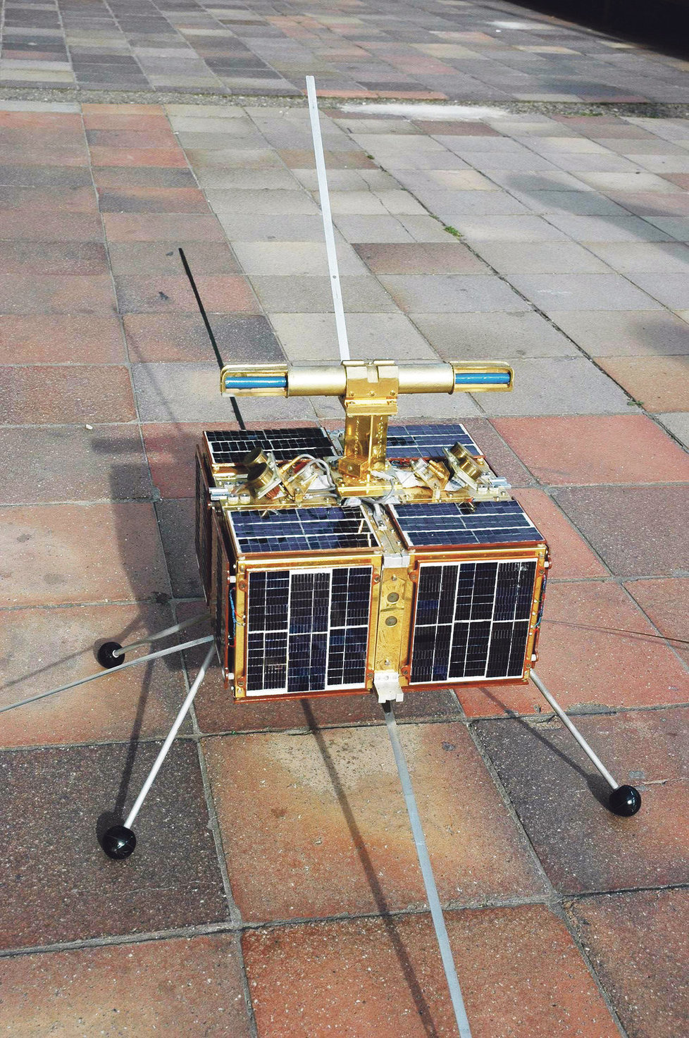 První československá umělá družice Magion 1