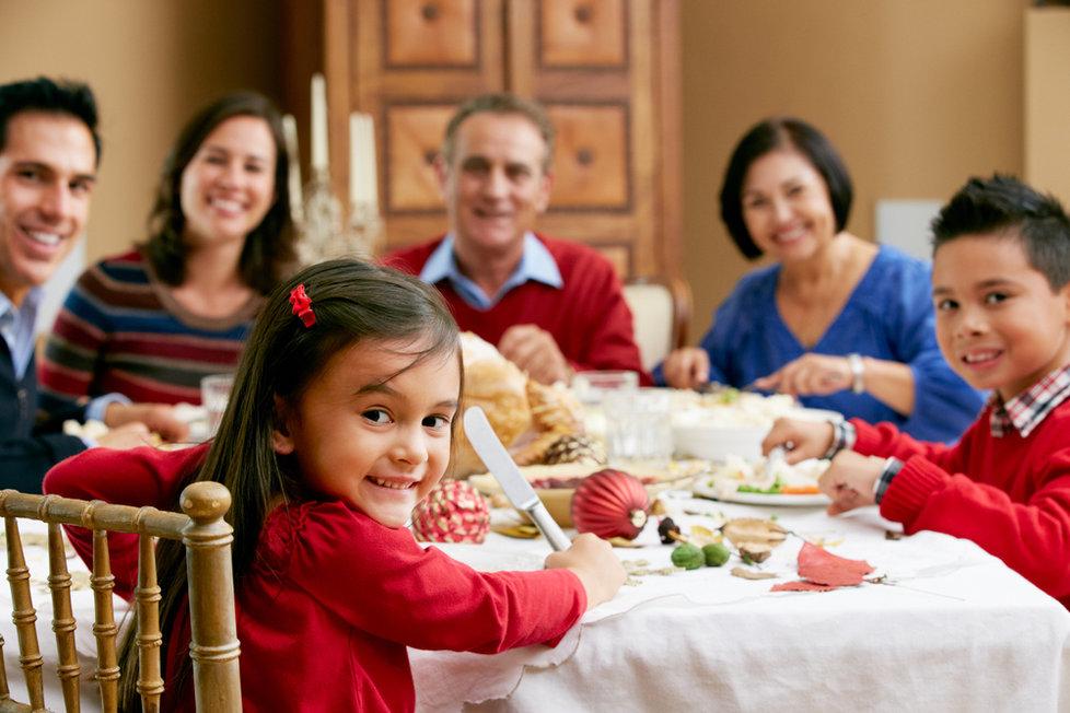 Dejte pozor na děti,ať se o vánocích nepřejídají.