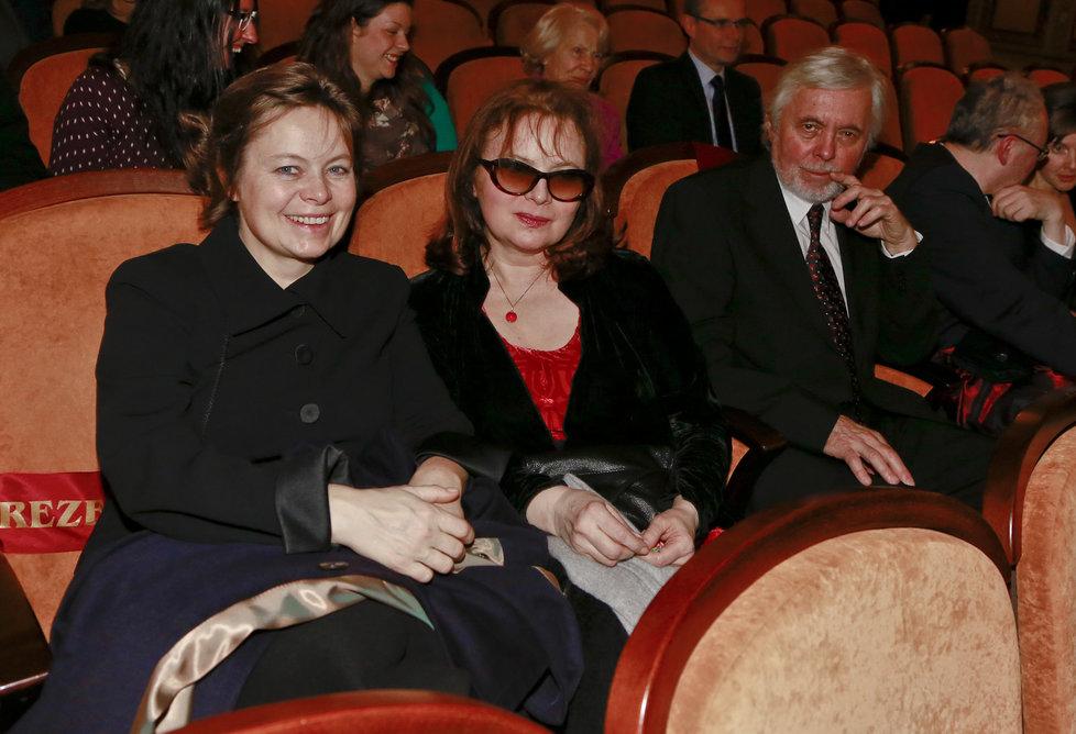 Sestry Šafránkovy přišly společně na premiéru nového českého filmu.