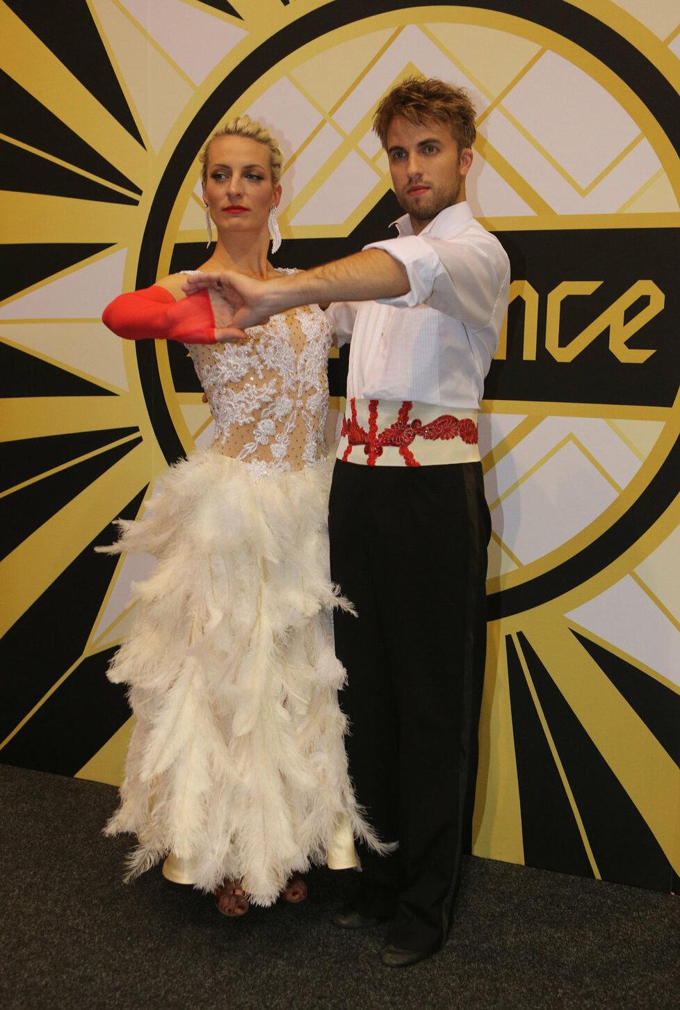 Větší oblibu u diváků má Anna Polívková a Michal Kurtiš.