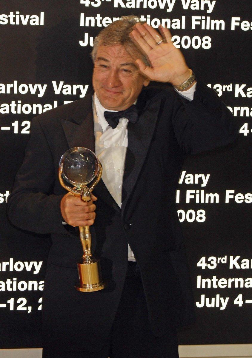 Herec převzal v Karlových Varech Křišťálový glóbus za celoživotní dílo.