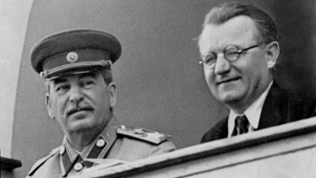 Stalin s Gottwaldem. Ti dva se spolu sešli po únoru 1948 jen dvakrát.