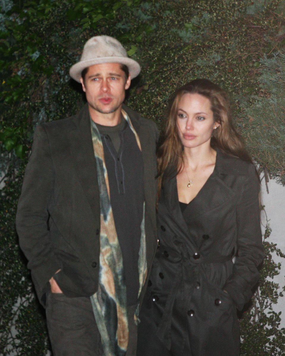 V roce 2007 dvojice přiletěla do Prahy.