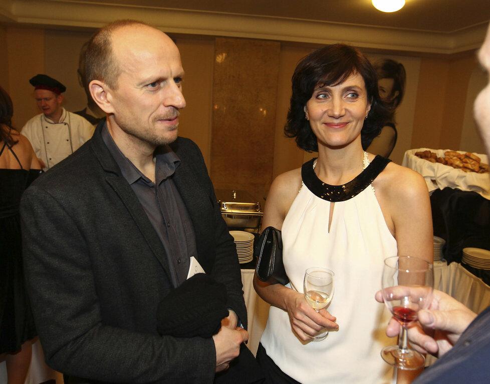 Moderátorka Ester Janečková s manželem