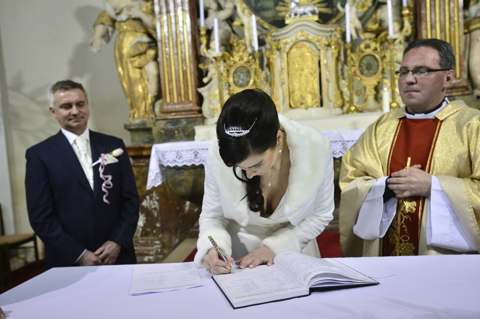 Svatba Mynáře s Alex: Z moderátorky ČT Noskové je paní Mynářová.