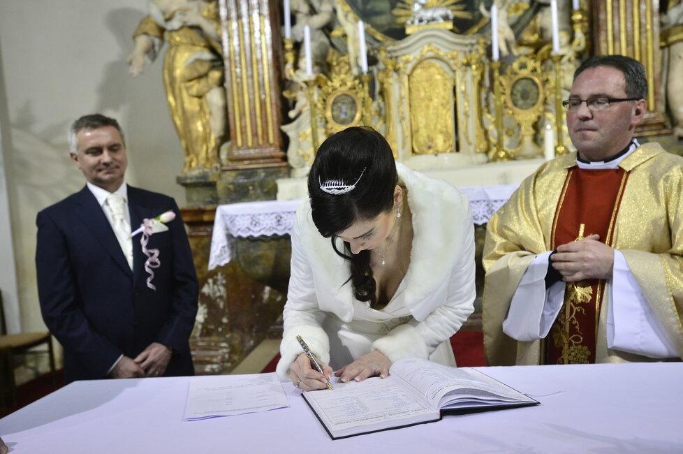 Svatba Mynáře s Alex: Z moderátorky ČT Noskové je paní Mynářová
