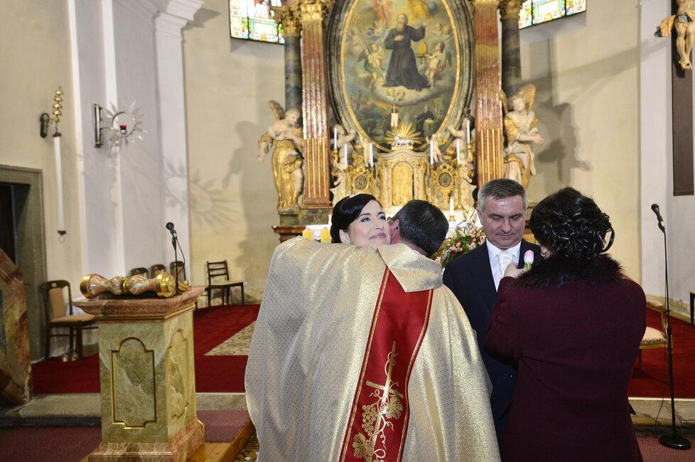 Svatba Mynáře s Alex: Obřad se uskutečnil v kostele v Osvětimanech.