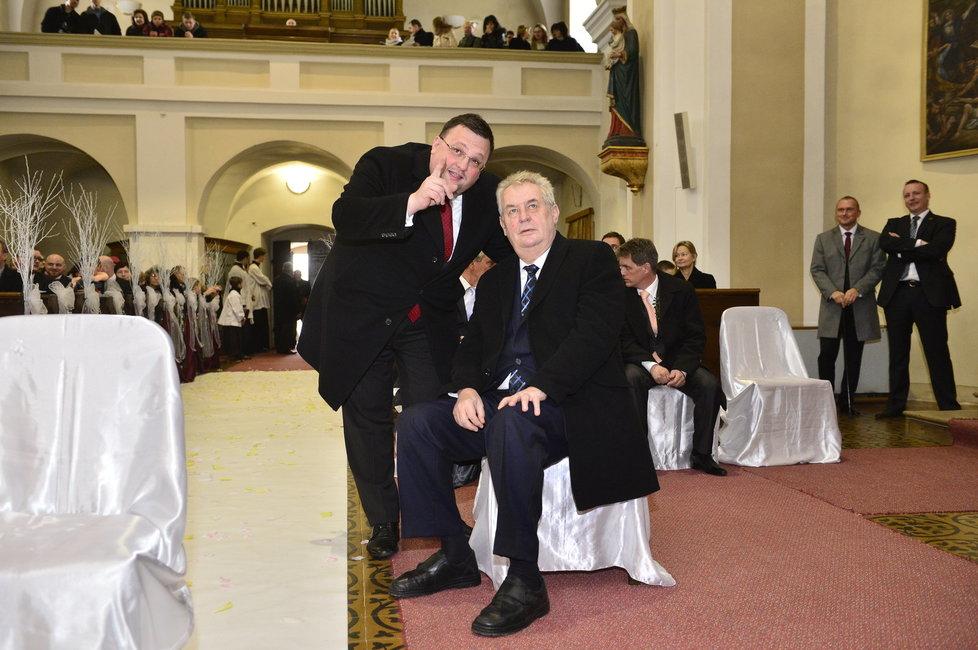 Kancléřova svatba: Šéf hradního protokolu Forejt s prezidentem Zemanem