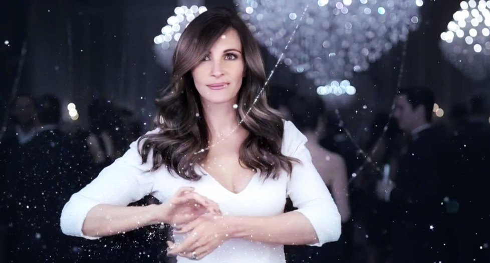 Julia Roberts se ve svých 42 letech stala tváří kosmetické značky Lancome