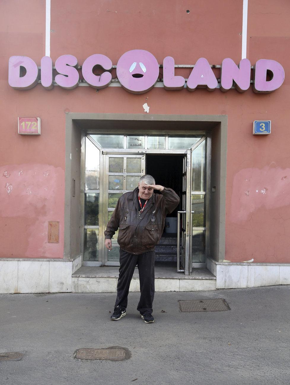 Jonák doufal, že Discoland postaví znovu na nohy.