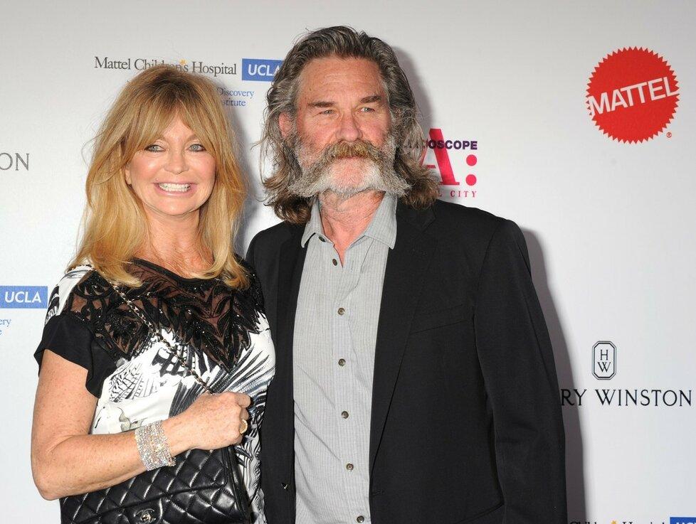 Goldie Hawn (70) a Kurt Russell (64) se dali dohromady v roce 1983, mají spolu čtyři děti, ale ke svatbě se nikdy neodhodlali.