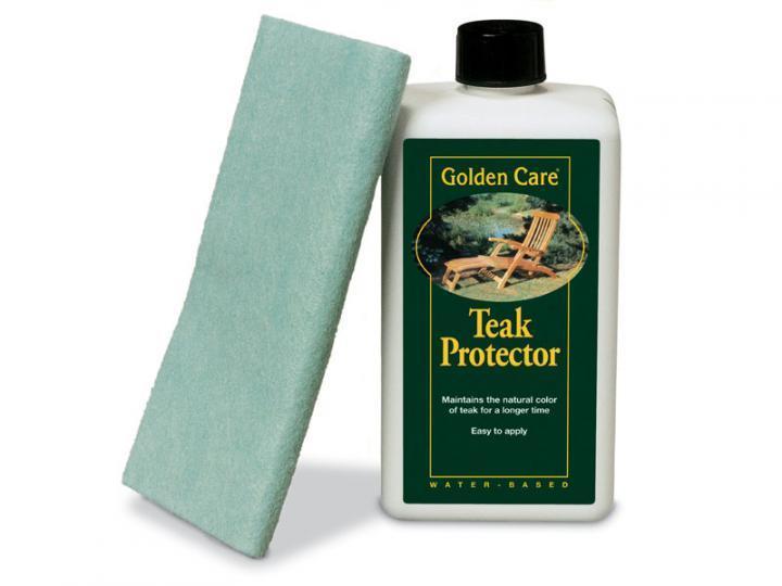 Pomocí prostředku na ochranu teakového dřeva se zachová původní medové zbarvení dřevěného materiálu.