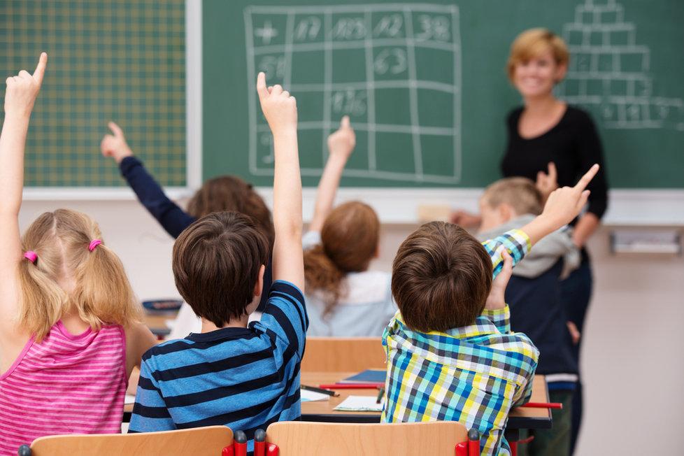 Děti, a to nejen prvňáčci, mohou prožívat spoustu každodenních stresů, které jim nahání při slově »škola« hrůzu.