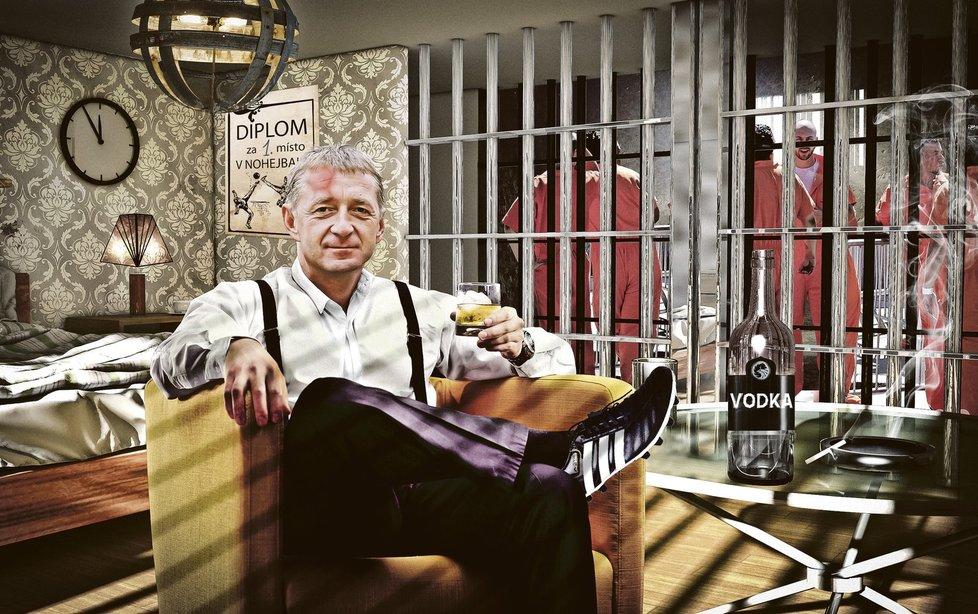 Lobbista Janoušek si žije ve vězení jako král.