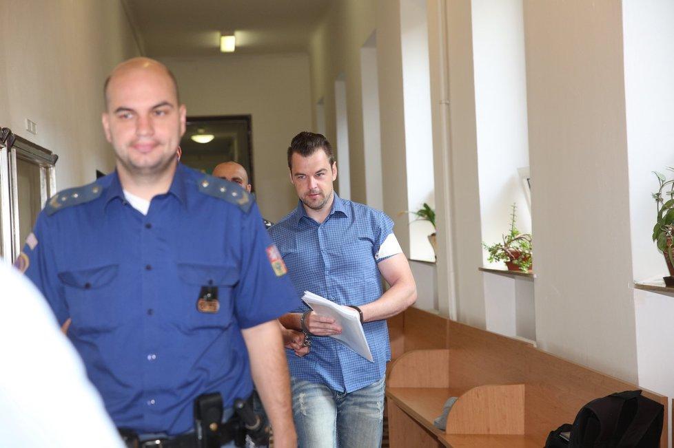 Čtrnáctý den u soudu s Petrem Kramným