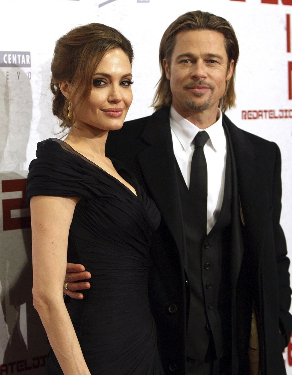O nejlepší film soutěží také film Sázka na nejistotu, kde si zahrál Brad Pitt nebo Christian Bale.