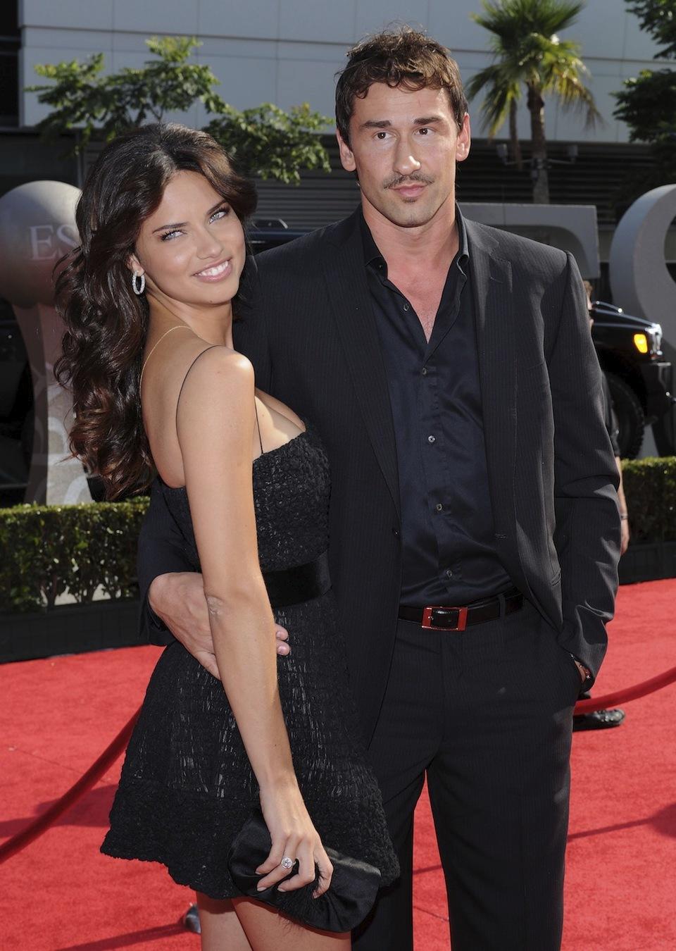 Adriana Lima s manželem Markem Jarićem