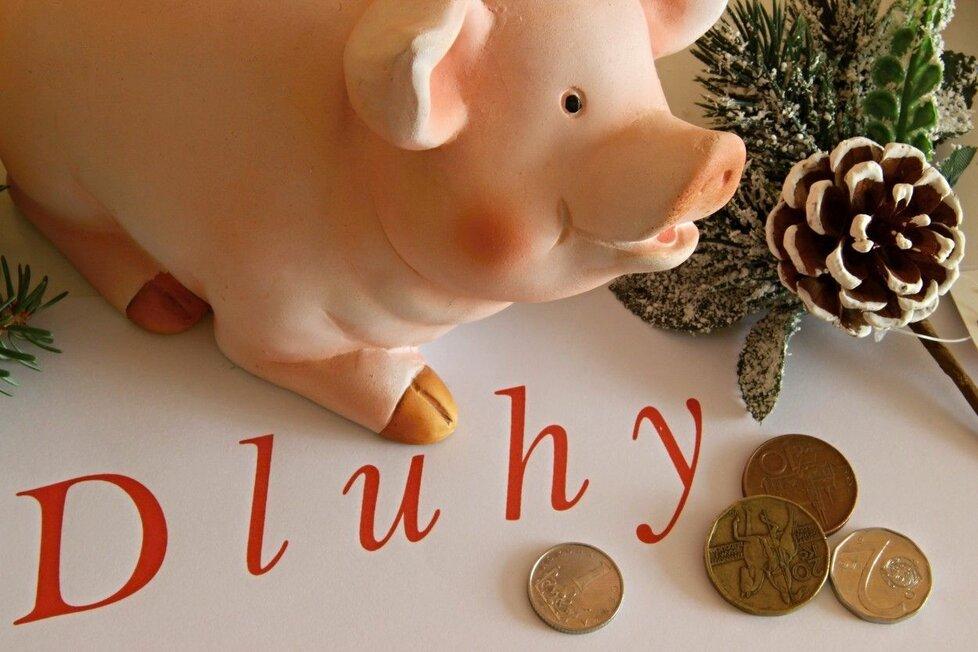"""Češi si často """"užívají"""" svátky na dluh."""