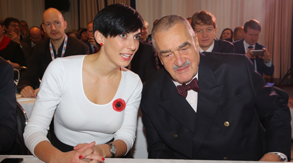 Karel Schwarzenberg a poslankyně Markéta Adamová na sněmu TOP 09.